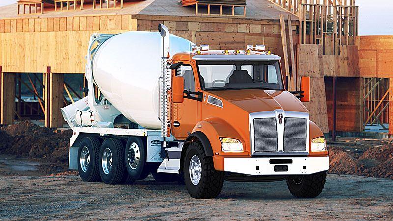 משאית קנוורת' T880 Mixer