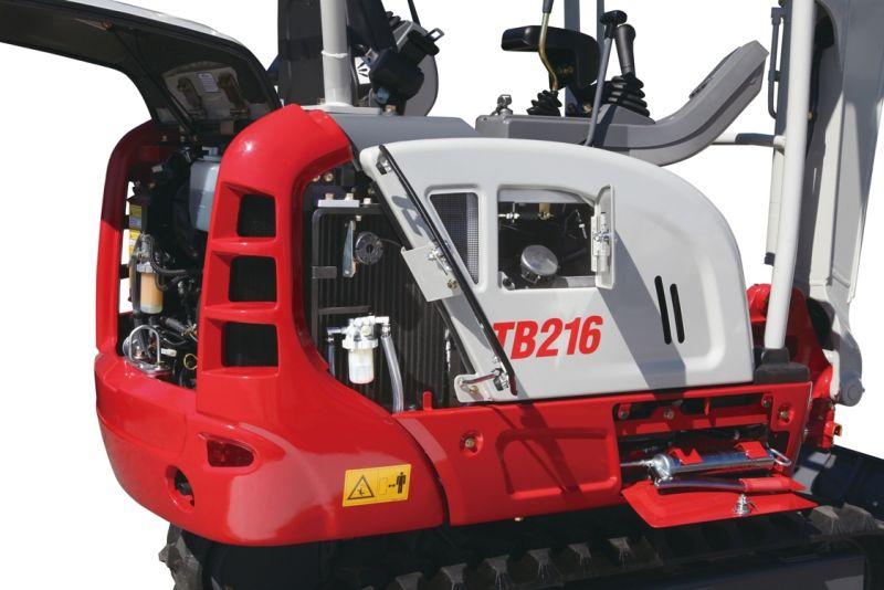 מיני מחפר טקאוצ'י TB216